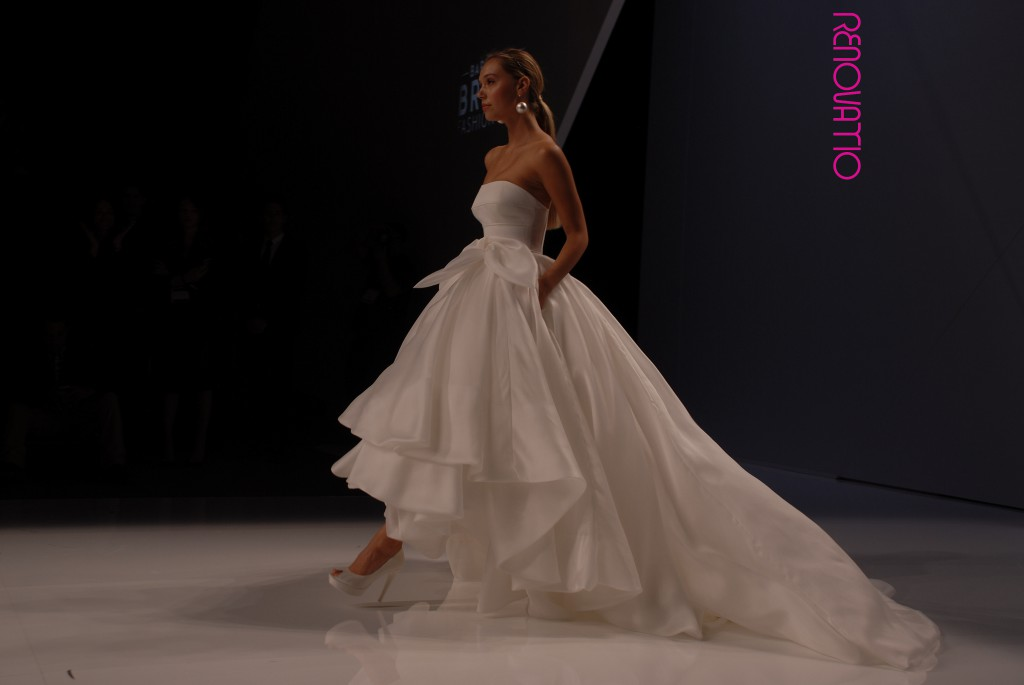 Barcelona Bridal Fashion Week April16 - Collections 2017 – ROSA CLARÁ