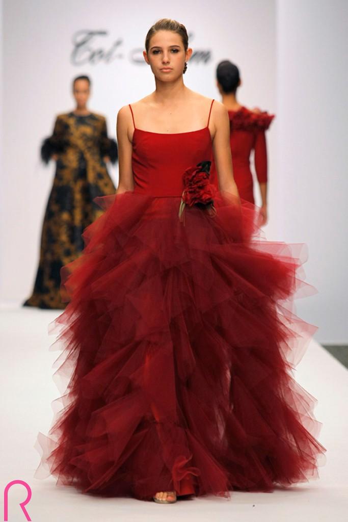 Tot-Hom Colección Alta Costura, Prêt-à-porter y Línea A O/I 17.18 Haute Couture